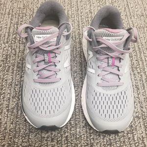 New Balance 840v4 Running Shoes Women Size 7.5